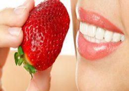 تغذیه [object object] مراقبت های پس از درمان ریشه teeth strawberry 260x185  مطالب دندانپزشکی teeth strawberry 260x185