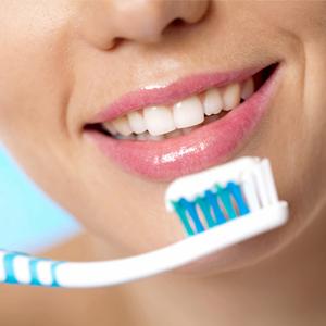 مراقبت از دهان و دندان دندانپزشکی آراسته  بهداشت دهان و دندان 2