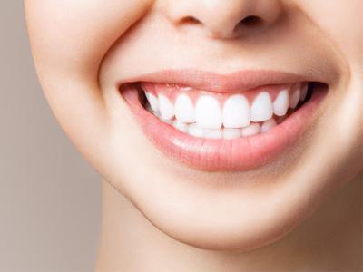 انتخاب رنگ کامپوزیت ونیر مشکلات دهان و دندان 4 مورد از مشکلات دندانی که باید بدانید composite