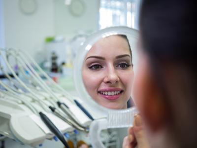 دندانپزشکی آرسته در شیراز لمینت دندان انواع لمینت دندان 80