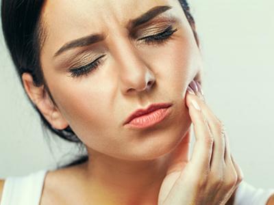 دندانپزشکی آرسته در شیراز آفت دهان آفت دهان چیست 64